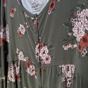TORRID supersoft floral tunic top